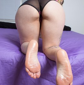 Pretty Foot Model (Pictures) 4
