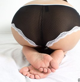 Feet Pics of Alexis the Cutie (Pictures) 4