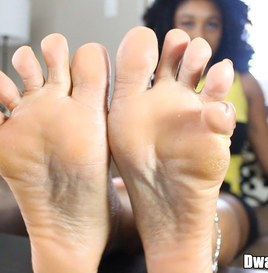 Dwayne Powers Evelyn's Magical Footjob Makes Him Explode 5